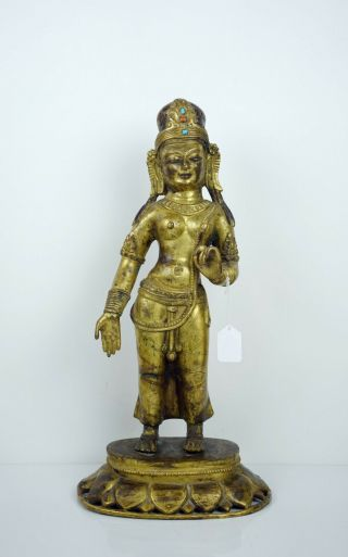 【bundle Of Two Items】a Gilt Bronze Figure Of Tara And A Reticulated Bronze Vase