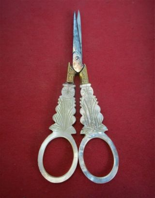 Antique,  Early 19th C,  French,  Palais Royal Mother Of Pearl Embroidery Scissors,