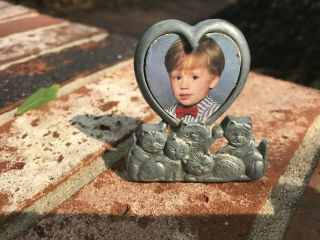 Vtg Amc Pewter Cat Heart - Shaped Picture Frame,  2x2.  5 In