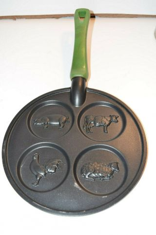 Vintage Nordic Ware Farm Animal Pancake Griddle 4 Circles Pig Rooster Cow Sheep