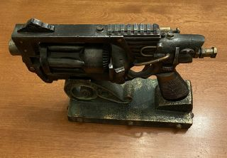 Cast Iron Model Prop Display Gun And Base Vintage (not Functional - Display Only)