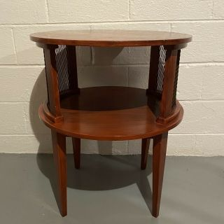 """Vintage 1970's End Side Table Retro 23"""" Round Tiered Red Metal Mesh Furniture"""